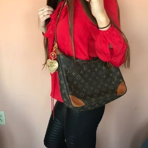 Louis Vuitton Crossbody Purse